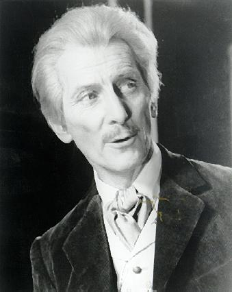 http://www.petercushing.com/PCDClinks/drwho.jpg